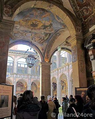The oldest original Bologna University... - Archiginnasio di Bologna